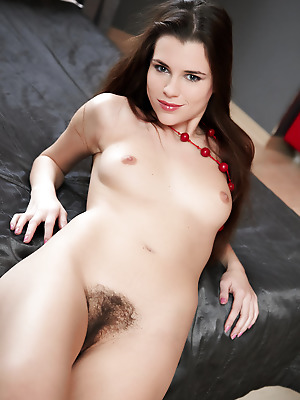 Errotica-Archives  Jasna  Shaved, Softcore, Beautiful, Erotic, Tits, Breasts, Boobs